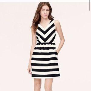 LOFT black & white striped dress M